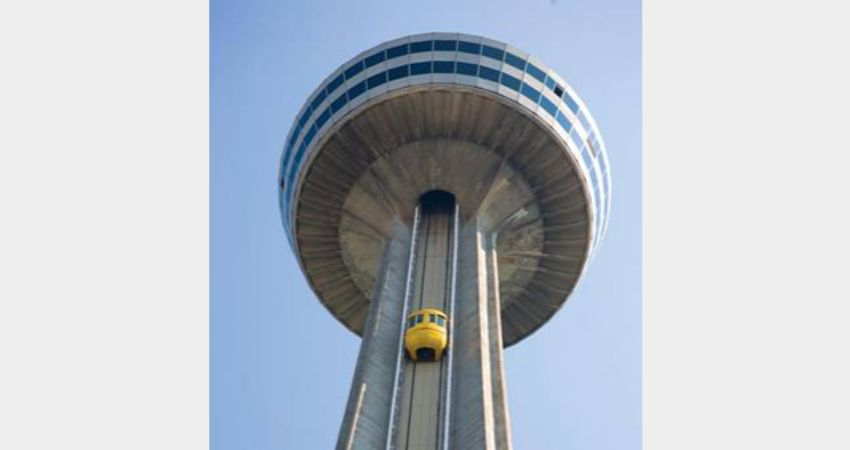Niagara Falls – Skylon Tower - Ride to the Top with Dinner at the Revolving Room